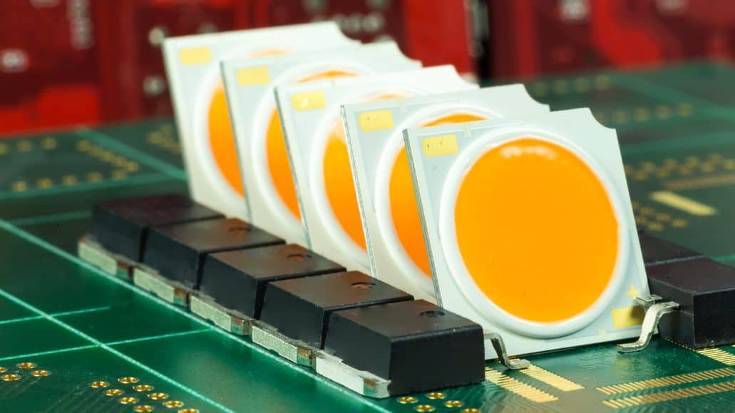 COB LED chips lined up